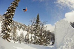 red-bull-art-of-flight-snowboarding-8